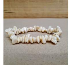 Korál bílý sekaný náramek