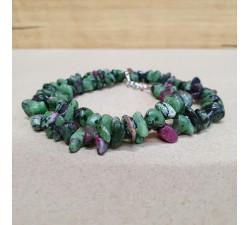 Rubín v zoisitu sekaný náhrdelník